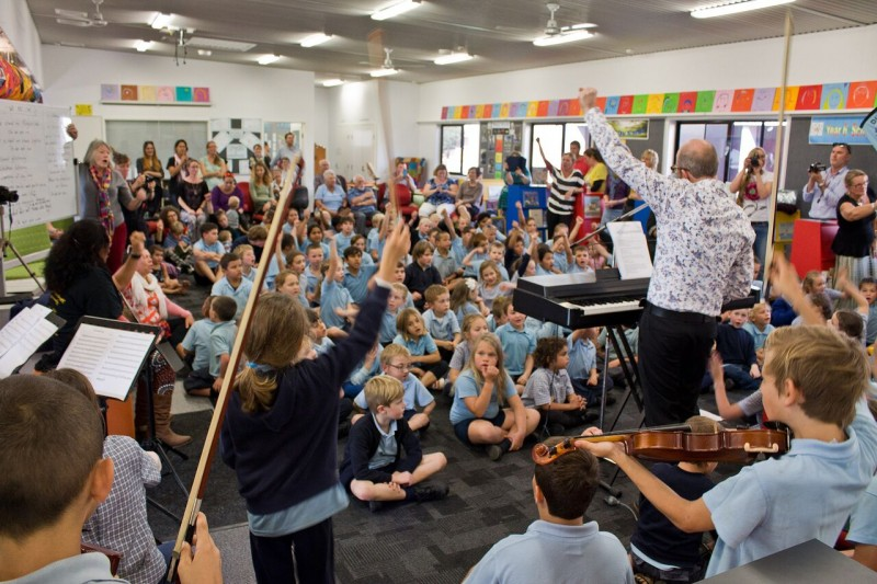 At Dunwich State School, the audience and the children themselves were swept away by the premiere performance of 'We Are One', the new school song composed by Paul Hankinson and the students in the week before the festival