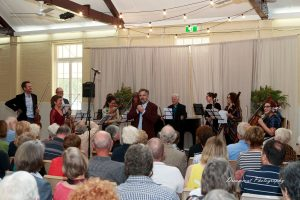 Joe Chindamo introduces 'This House' at the Dunwich Hall